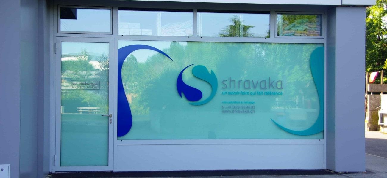 Vitrine entreprise de nettoyage Shravaka à Grand Lancy